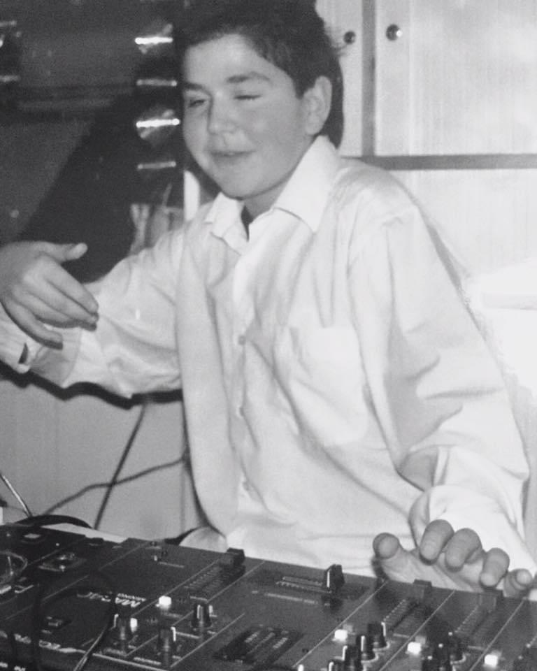 Sülow DJ Gig Kind